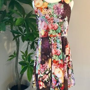 Betsey Johnson floral sleeveless dress NWOT